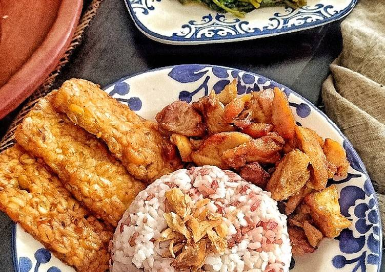 Ayam,Tempe Ungkep & Tumis Kangkung