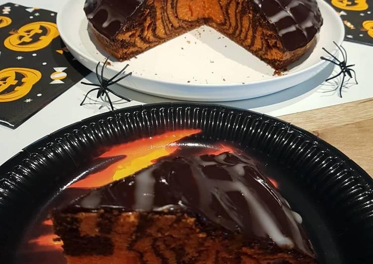 Recette Délicieuse Gâteau zébré d'Halloween et son glaçage toile d'araignée