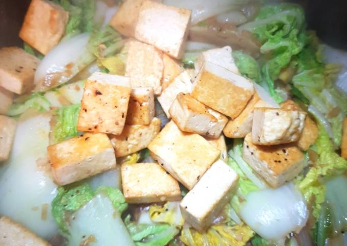 Tofu and Chinese leaf stir-fry