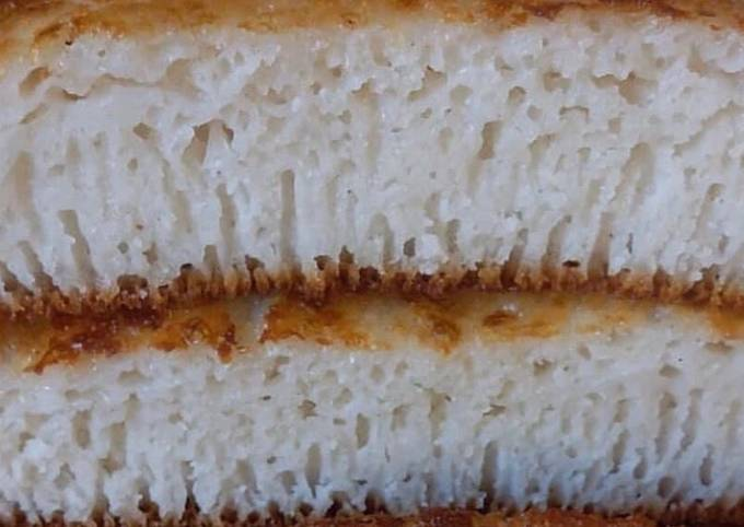 Rice cake (mkate wa sinia)