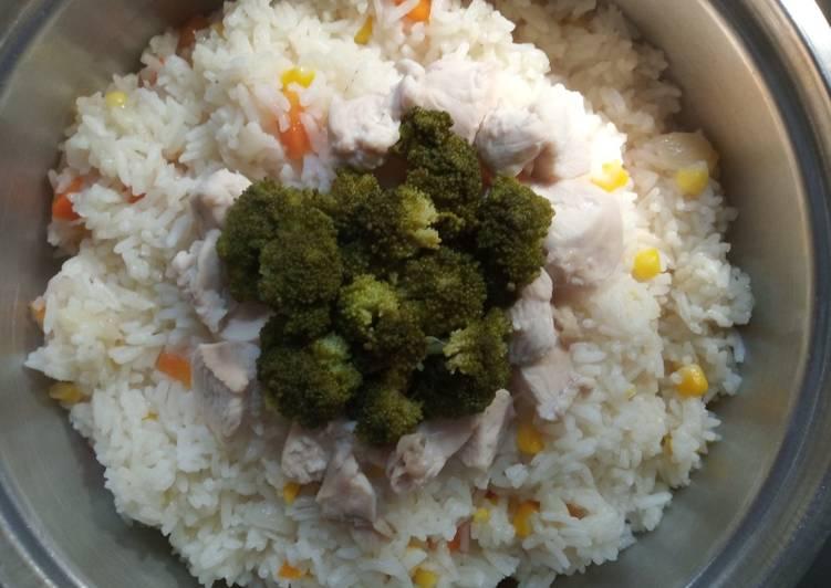 Nasi Hainam Kombinasi Sayur (Nasi Ayam Khas Hainan, Tiongkok)