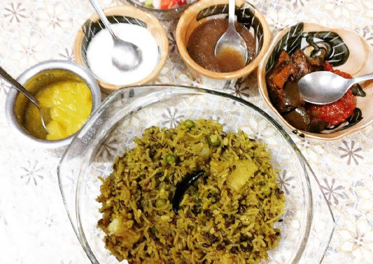 Urad Dal Khichdi This is a common dish in some parts of India