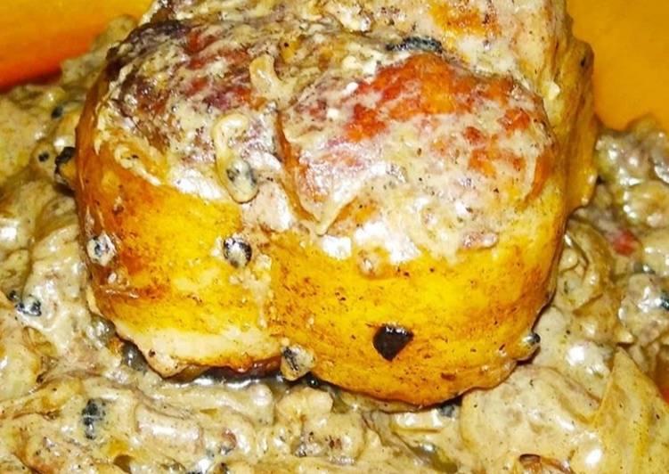 Paupiette de porc à la sauce crème fraîche et lardons