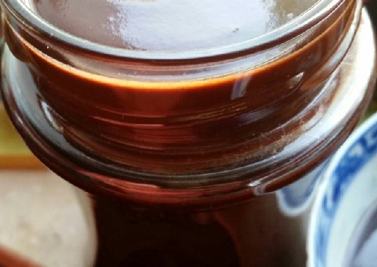Veganer Schoko-Brotaufstrich mit Honig