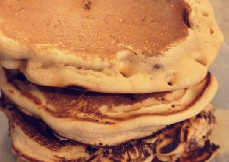 Pancakes sans œufs et pépites de chocolat