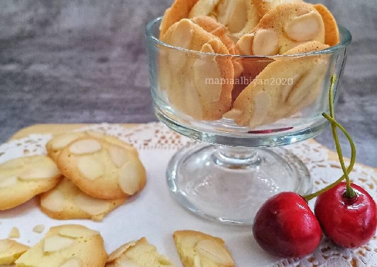 313. Almond Crispy Cookies