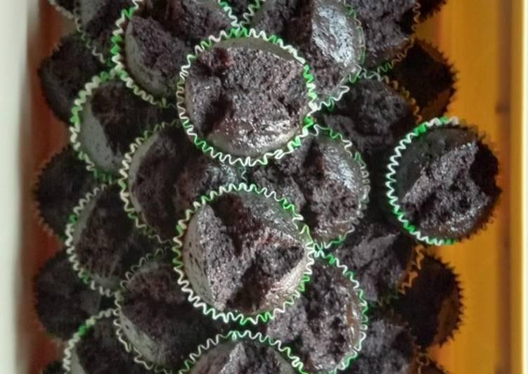 Apam Mekar Coklat Moist 🌸🌸 - resepipouler.com
