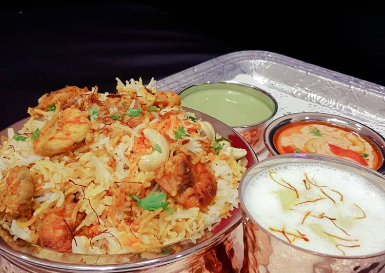 Easiest Way to Cook Appetizing Hyderabadi Prawn Biryani!