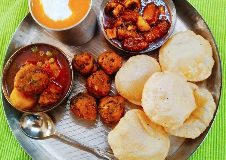 Authentic Gujarati Thali