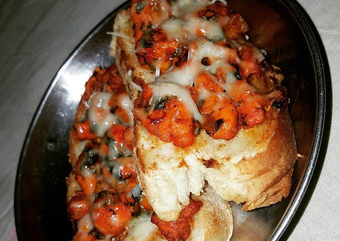 French chicken cheese bread