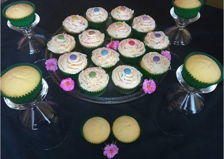 Recipe of Ultimate Vanilla cupcakes
