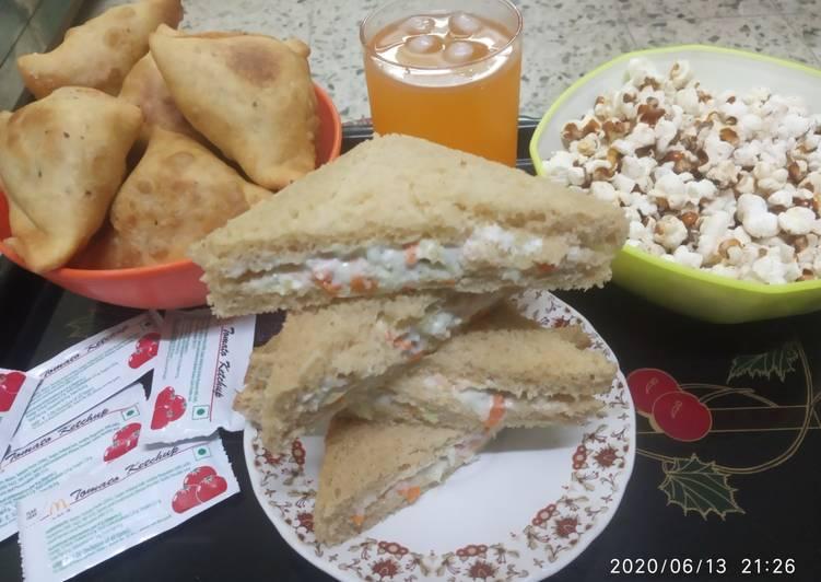 Veg Mayonnaise Sandwich Recipe By Falgooni Mangrola Cookpad