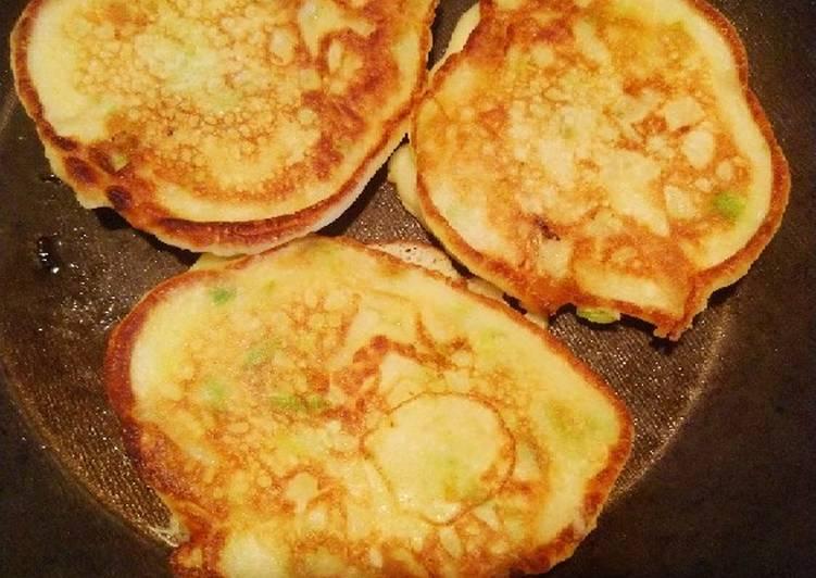 Recette Délicieuse Pancakes à l'oignon et à la ciboulette