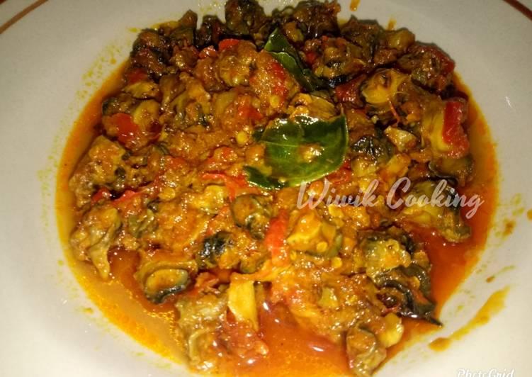 Keong sawah sambal goreng pedas (kol sawah)