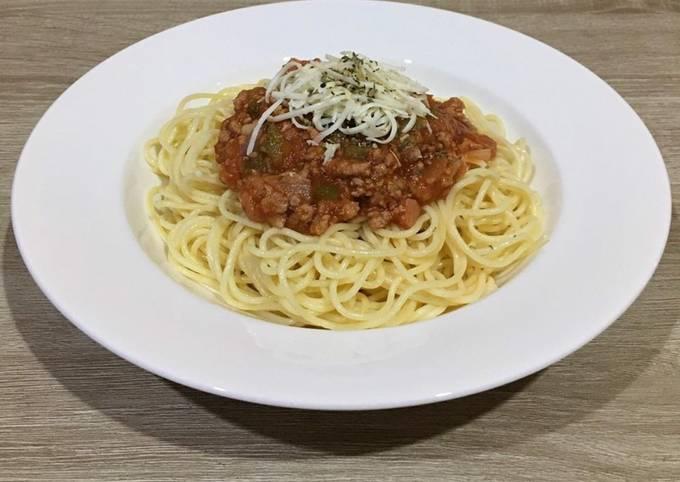 Tasty Spaghetti Bolognese al Dente