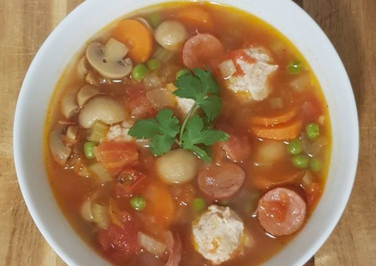 Easiest Way to Make Tasty Sop Merah (Indonesian minestrone – with meats)