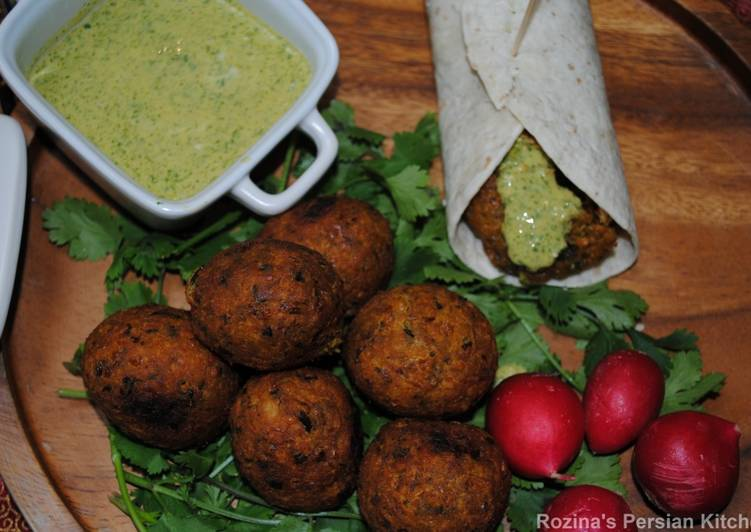 How to Prepare Homemade Falafel