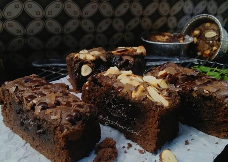 Fudgy Brownies Shiny Crust