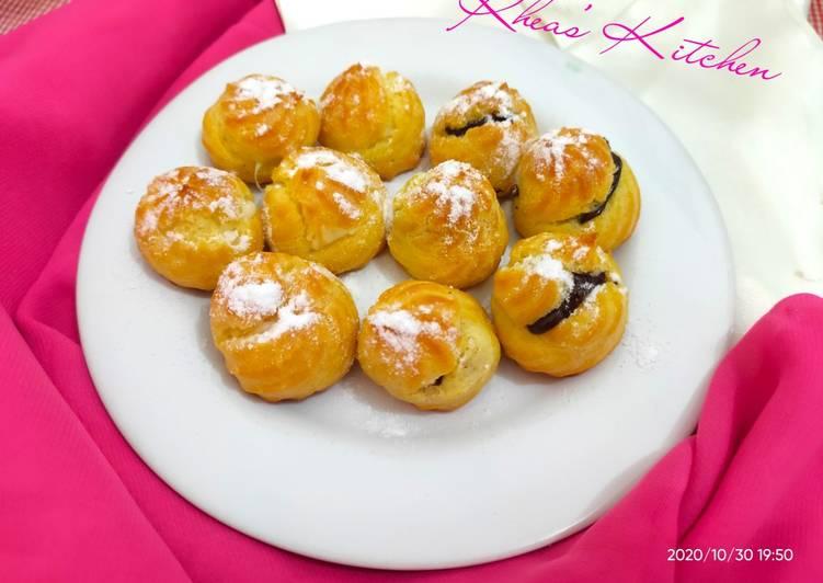 Kue Soes Isi Coklat dan Vla Durian