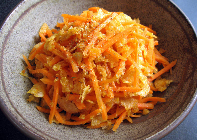 Carrot & Potato Chips Salad