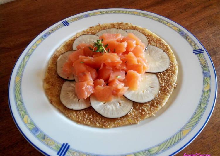 Tarte fine au saumon fumé et radis noir