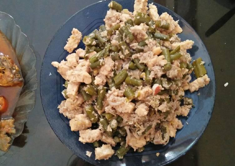 Makanan tradisional khas Pekalongan(megono)