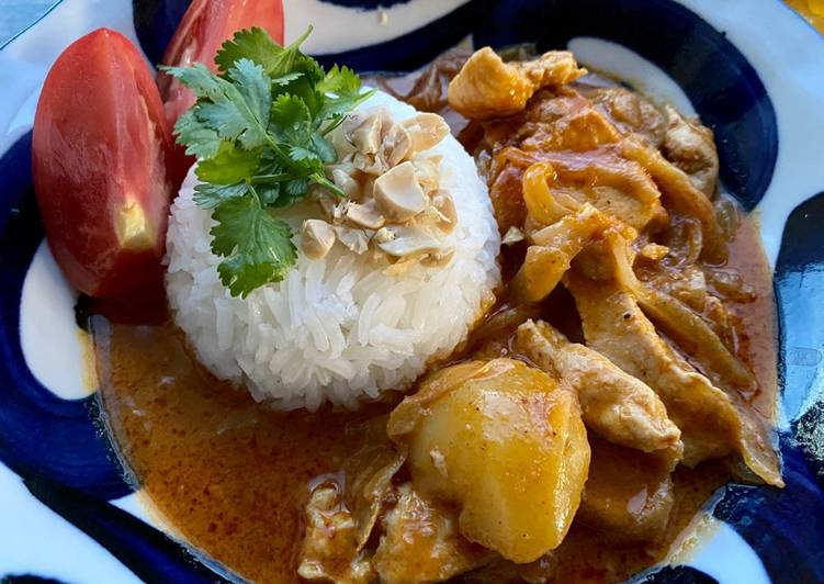 Recipe: Appetizing Thai Massaman Curry
