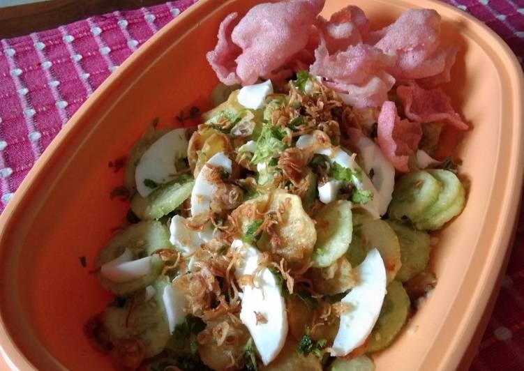 """Salada Timun ala """"Dapur Mayang"""""""