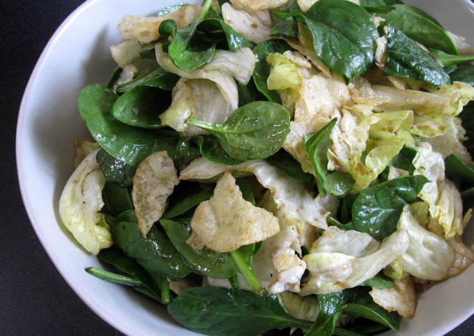 Spinach, Lettuce & Potato Chips Salad