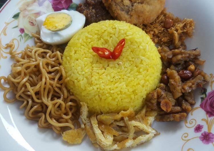 Nasi Kuning Magic com Simpel tanpa ribet