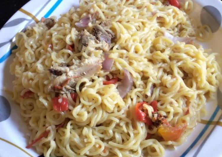 Simple Way to Make Homemade Sardines and Spicy Noodles