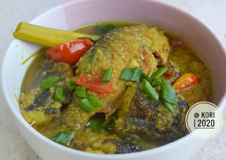 5 Resep: Pesmol Ikan (Bumbu Kuning) Kekinian