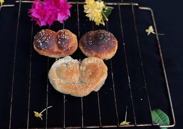 Cinnamon rolls,palmier,and challah rustic dinner rolls