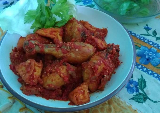 Ayam Tahu Balado