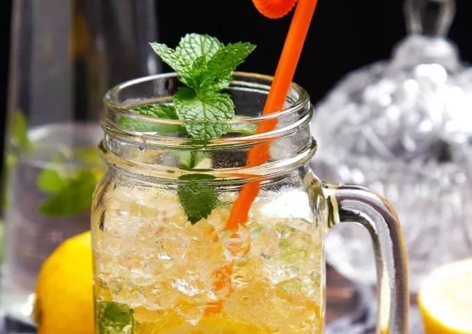 Lemon juice (Fresh morning drink)