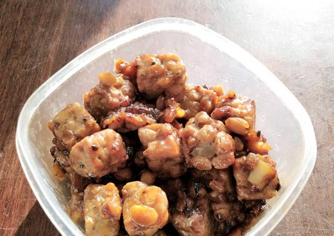 Tempeh with sweet soy sauce