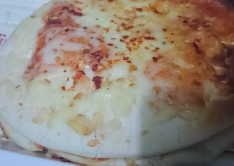 Shawarma pizza sandwich