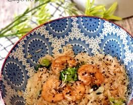 Arroz con verduras y langostinos en Quick Quinoa and Rice Lékué