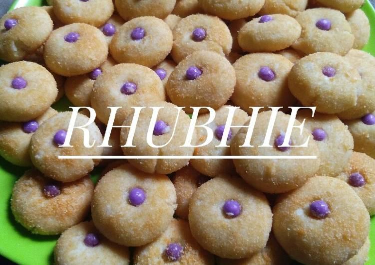 KUE MONDE / JANDA GENIT by rhubhie