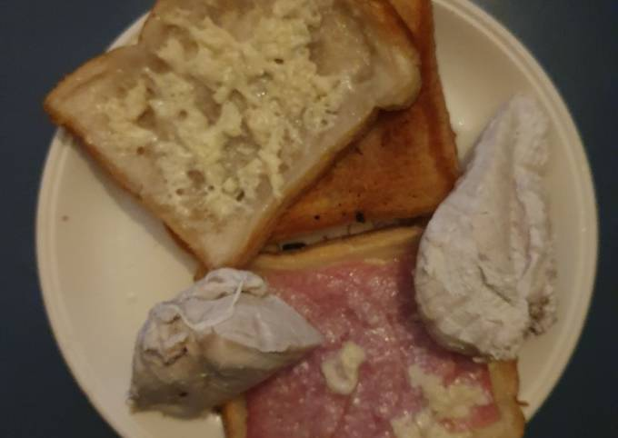 Two Cheese wafer Ham an Chicken toasties