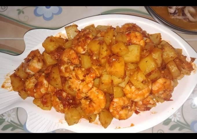 Udang kentang balado