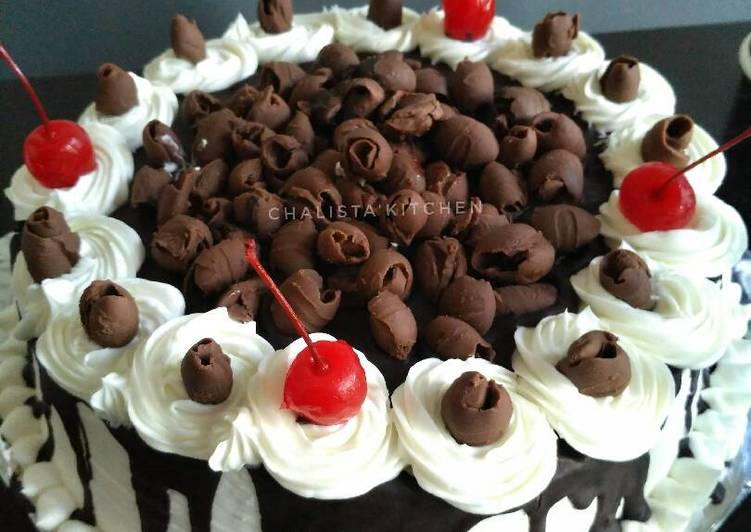 Resep Blackforest Cake Ultah Oleh Chalistaa Kitchen Cookpad