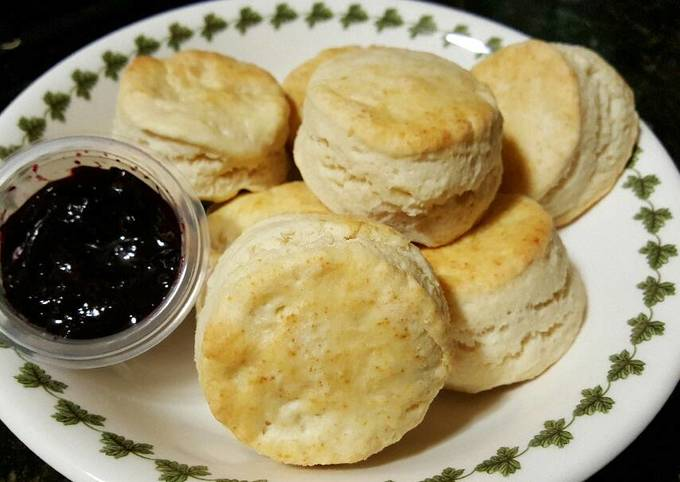 Biscuit with blueberry jam