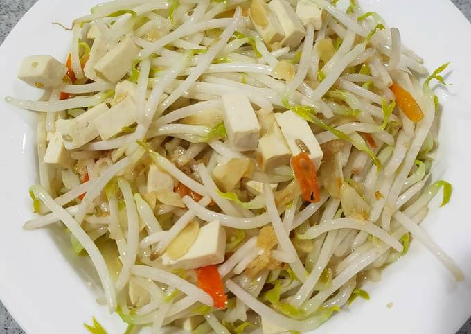 Mom's bean sprout with bean curd