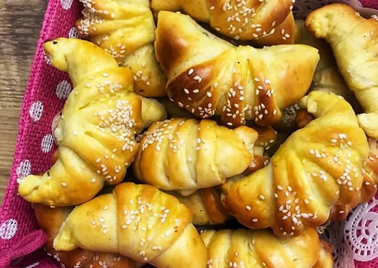 Yummy Chicken stuffed croissants. #delightfulbaking