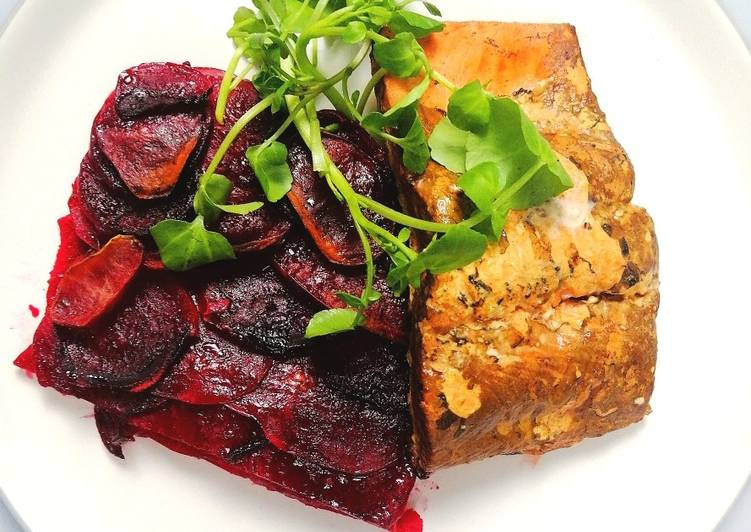 How to Prepare Speedy Hot smoked sockeye salmon with beetroot and potato gratin