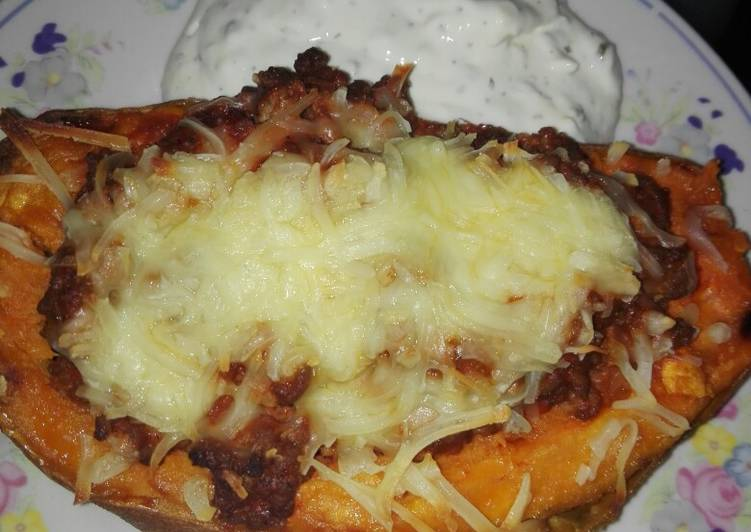 Gefüllte Süßkartoffeln – Twisted Cookbooks