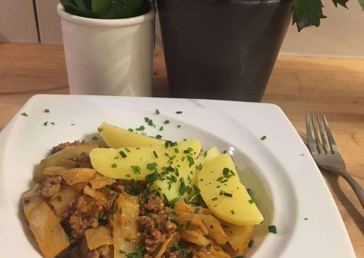 Kohl-Hack-Pfanne mit Kartoffeln