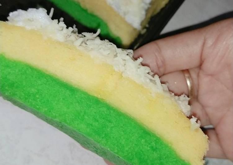 cara buat Bolu pandan kukus topping keju - Sajian Dapur Bunda