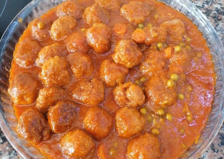 Albóndigas de carne en salsa